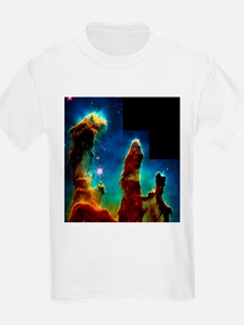 Gas pillars in Eagle Nebula - T-Shirt