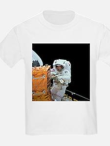 Hubble servicing - T-Shirt