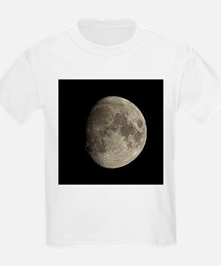 Waxing gibbous Moon - T-Shirt