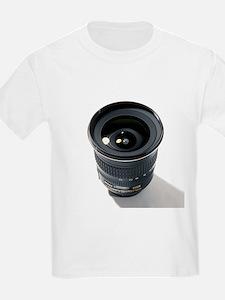 Wide-angle zoom camera lens - T-Shirt