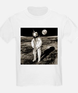 Early space suit design, conceptual image - T-Shirt