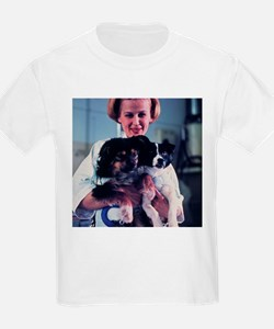 Technician holding two Soviet space dogs - T-Shirt