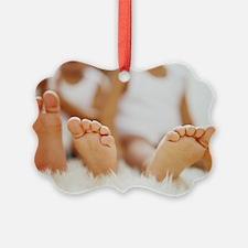 Twin feet - Ornament