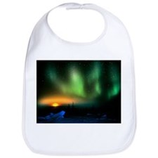 Aurora borealis display with setting Moon - Bib