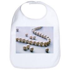 Pearl necklace - Bib