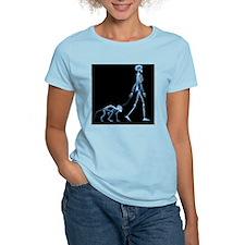 Skeleton walking a marmoset, X-ray - T-Shirt