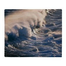 Breaking wave - Throw Blanket