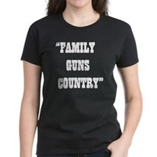 FAMILY GUNS COUNTRY Tee