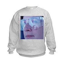 Chemist wearing goggles - Sweatshirt