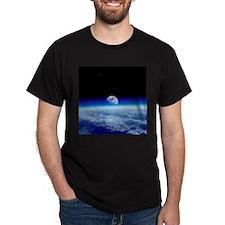 Moon rising over Earth's horizon - T-Shirt