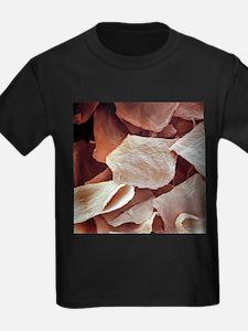 Skin cells, SEM - Kid's Dark T-Shirt