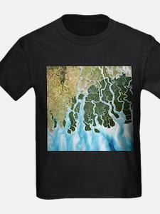 Ganges River delta, India - Kid's Dark T-Shirt