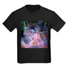 Cancer research - Kid's Dark T-Shirt
