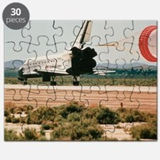 Shuttle landing with brake chute - Puzzle