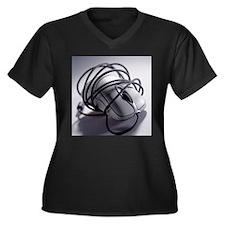 Computer mouse - Women's Plus Size Dark V-Neck T-S