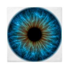 Eye, iris - Queen Duvet