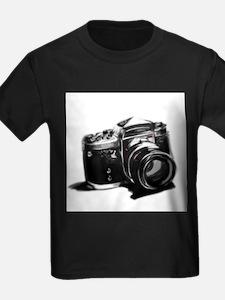 Camera T