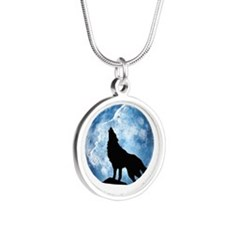 wolf Silver Round Necklace
