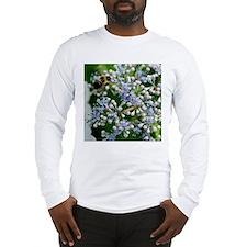 6947 10x10 bees flowers Long Sleeve T-Shirt