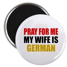 Pray Wife German Magnet