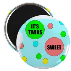 IT'S TWINS SWEET Magnet