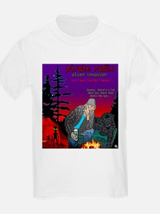 PIRATE RADIO Alien Invasion Crescent City, CA T-Shirt