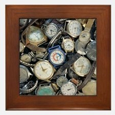 Broken wrist-watches - Framed Tile
