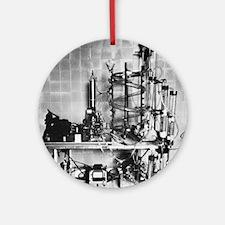Heart-lung machine, 20th century - Round Ornament
