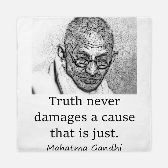 Truth Never Damages - Mahatma Gandhi Queen Duvet
