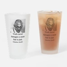 Truth Never Damages - Mahatma Gandhi Drinking Glas