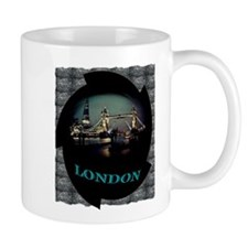 london bridge tshirt art illustration Mug