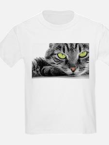 grey cat green eyes T-Shirt