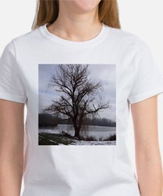 Peaceful Willow Tree Women's T-Shirt