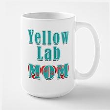 Yellow Lab Mom Hearts Mug