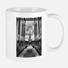 Eiffel tower viewed from wall for peace Mug