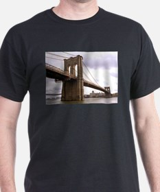 Brooklyn Bridge (Morning) T-Shirt