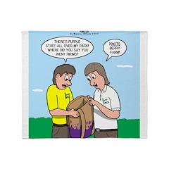 KNOTS Berry Farm Throw Blanket