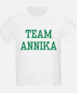 TEAM ANNIKA  Kids T-Shirt