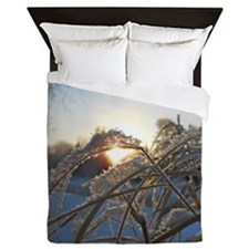 Snowflakes on Grass Queen Duvet