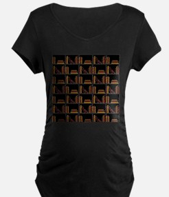 Books on Bookshelf. Maternity T-Shirt