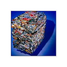 Aluminium recycling: compressed aluminium cans - S