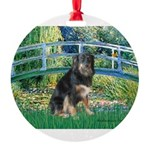 BRIDGE-Aussie-Tri-Lucy.png Round Ornament