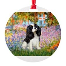 PILLOW-Garden-Cav-TRI5.png Ornament