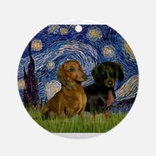 5.5x7.5-StarryNight-DachsPR-1.png Ornament (Round)