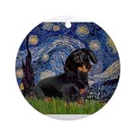 5.5x7.5Starry-Dachs16.png Ornament (Round)