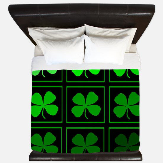 saint patricks day quad darkd King Duvet