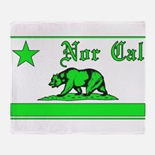 nor cal bear green Throw Blanket