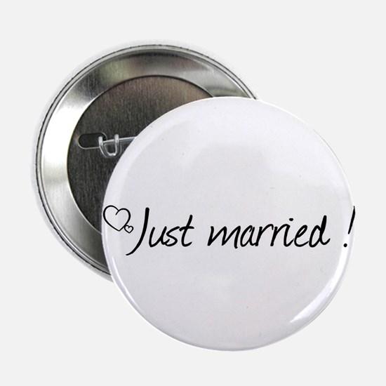 """Just Married 2.25"""" Button"""