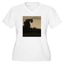 Dragon Tree and The Moon Plus Size T-Shirt