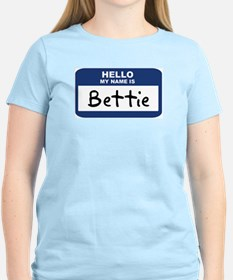 Hello: Bettie Women's Pink T-Shirt